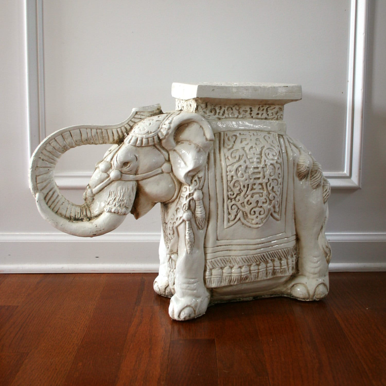 Elephant Table White End SideTable Plant Stand