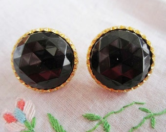 Vintage Gold Tone Large Glass Faux Onyx Clip On Earrings