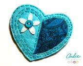 Felt heart brooch - Turquoise felt heart brooch - Felt and fabric heart brooch