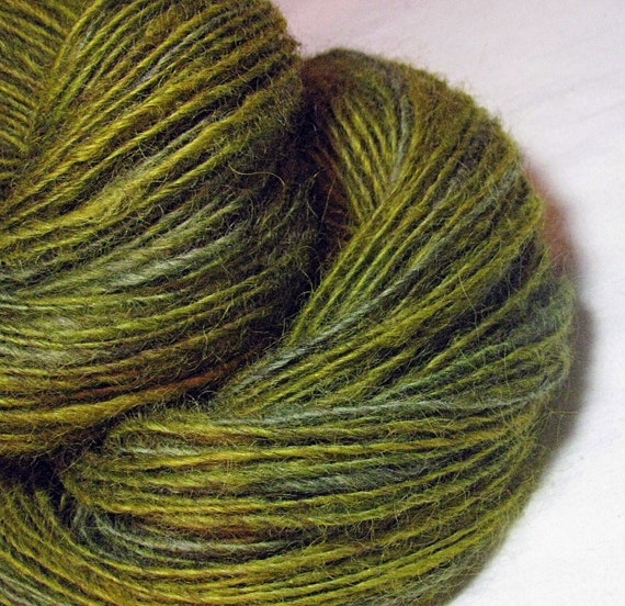 Handspun Yarn Gently Thick and Thin Single Border Leicester 'Happy Camper'