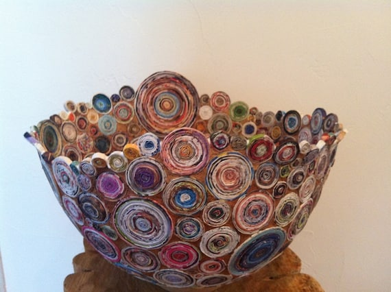 QUEENS CHALICE - Coiled recycled magazine paper and brown recycled paper pulp