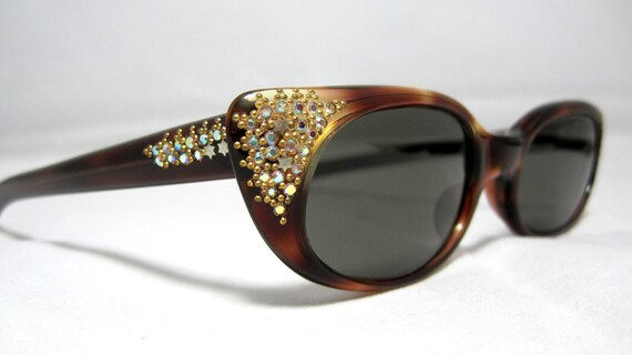 Vintage 50s Cat Eye Sunglasses. Amber with Rhinestones and Gold Studs