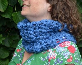 Crochet pattern : vintage lace cowl