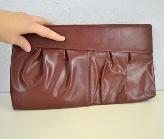 Sale Oxblood Leather clutch / red / oversized / 1970s  vintage