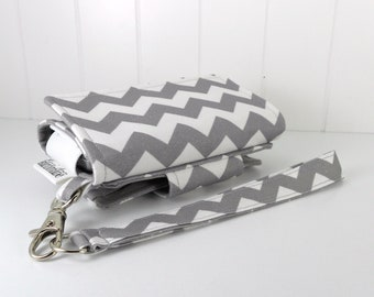 The Errand Runner Cell Phone Wallet, Wristlet for iPhone/Galaxy - Chevron in Gray/Gray