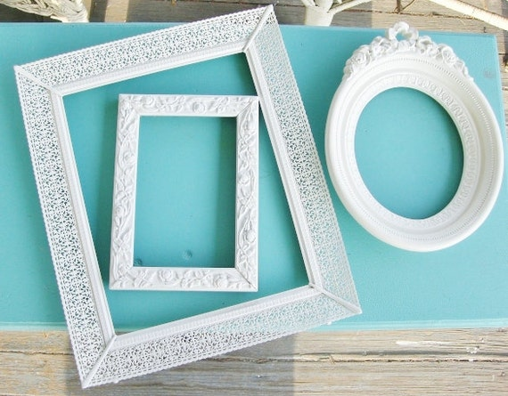 Vintage Creamy White Painted Beautiful Picture Frames Set