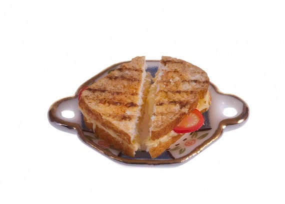 Grilled cheese  sandwiches miniature food