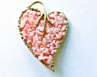 SALE Vintage Pink Heart Brooch Pin