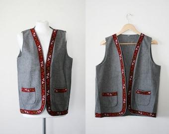1980s Oversized West, Tribal Southwestern Grey Wool Vest L XL
