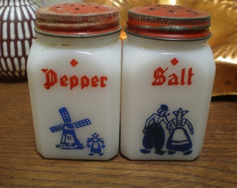 Delft Milk Glass Salt & Pepper Set Vintage 30s Classic Red White and Blue Colors. Windmill And Couple
