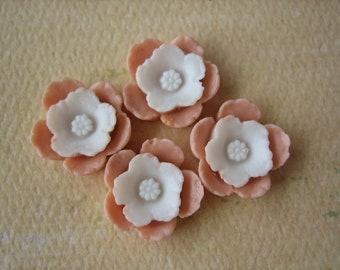 4PCS - Shabby Daffodil Cabochons - Resin - White on Peach - 12mm - Cabochons by ZARDENIA