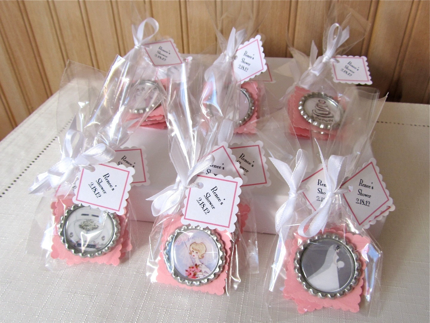 Diy Bridal Shower Gift Ideas For Guests : Bridal Shower Favor Magnets