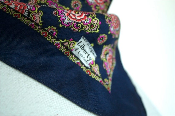 LIBERTY of LONDON Vintage SILK Scarf Stunning 50s 60s with Pink Roses
