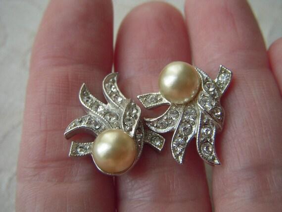 Vintage Art Deco Clear Rhinestone Earrings with Pearl Signed Valjean