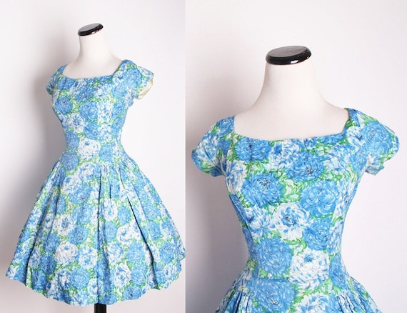 Vintage 1950s Blue Floral Cocktail Dress / Dress / Dresses / Vintage Dress / Cocktail Dress / Mad Men / Betty Draper / Wedding Dress / 1387