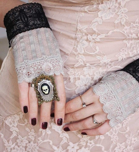 Fingerless lace steampunk  gothic mittens