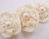 10 Crochet Flower Rosettes Applique in Ivory - Pearl Center - For Headband Applique Embelishment Sew-On Scrapbooking Jewelry Making Costume