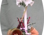 Dolls House Miniatures - Dovecot Garden Feature