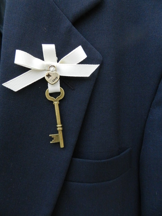 Key to my Heart,  Vintage Inspired Boutonniere