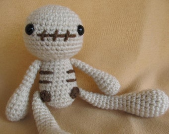 Skelly Skeleton Crochet Amigurumi Pattern