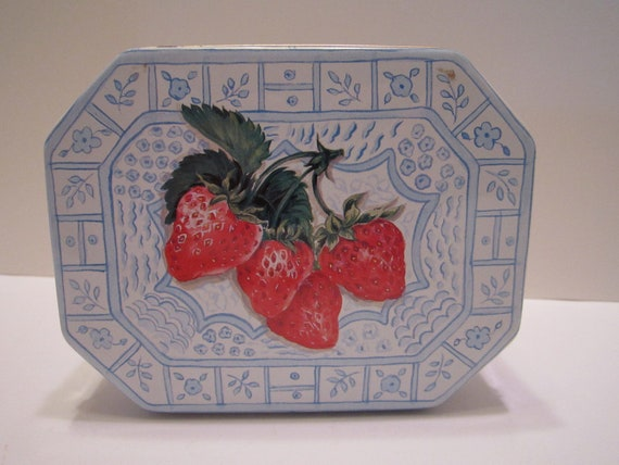 Keller Charles Strawberry Design Eight Sided Oval Tin - Vintage - Strawberry Season