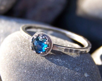 Petite Bleu London Star - Brilliant Faceted 4mm Blue Topaz in Sterling Silver Crown Bezel