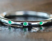 Three Emeralds and Sterling Silver Stacking Round Shank Ring 925 Handmade Size: 8