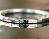 Sterling Silver Stacking Ring 925 and Emerald Handmade Size: 8
