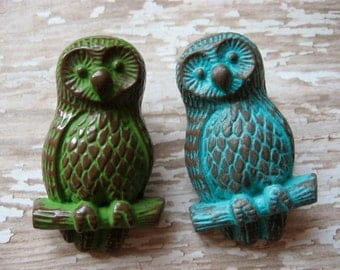 2 Vintage Style Owl Knobs Pictured in Turquoise or Green and Brown Pulls for your Dressers Drawers or Cabinets B-8