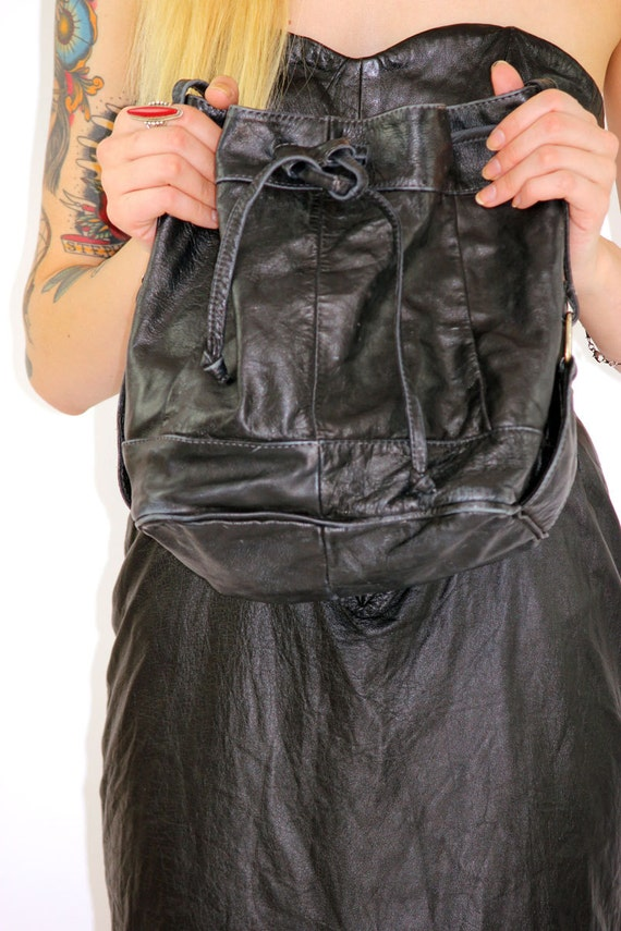 Vintage 80s Boho Black Leather Bucket Hobo Purse // Drawstring Included
