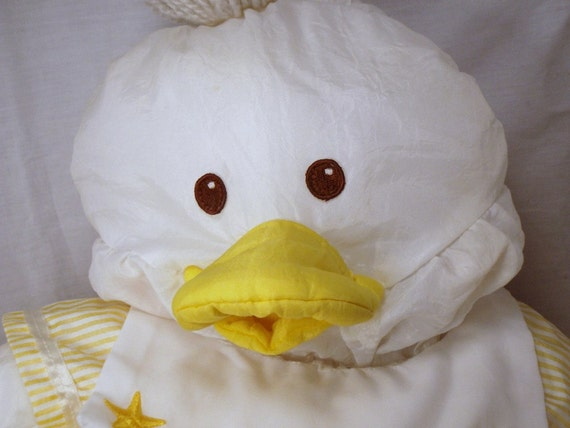 Puffalumps Baby Duckling Duck Fisher Price Pastel Yellow and White FP Plush