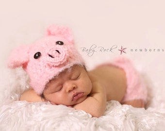 Penelope the Piglet Set--Hat and Diaper Cover