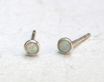 Opal Earrings , silver Stud earrings, 925 silver sStud, handmade earrings 3mm,Gift for her, girls earrings, birthday gift