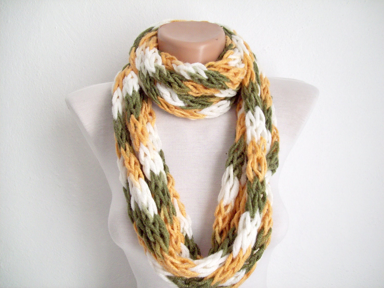 finger knitting scarf green yellow white multicolor by