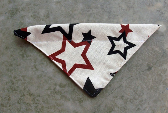 Small Dog Bandana Black and Red Stars on Cream Background