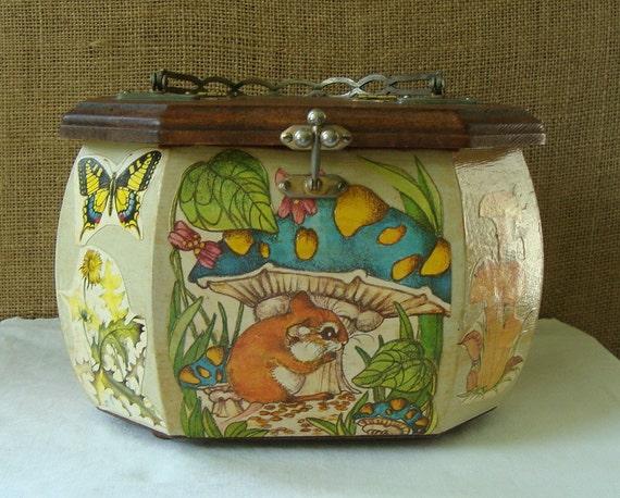 V I N T A G E  1970s Octagonal Wood Decoupage Purse Hand Bag Sewing Craft Box - Fantastic Mushroom Woodland Scene