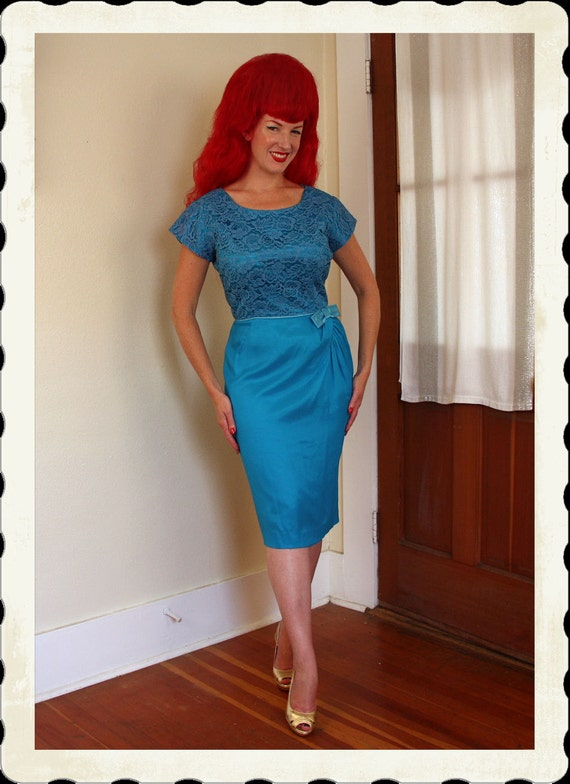 GORGEOUS 1950's Electric Blue Lace and Chiffon Over Satin Hourglass Cocktail Dress w/ Draped Faux Sarong Style Skirt w/ Bow - VLV - Size L