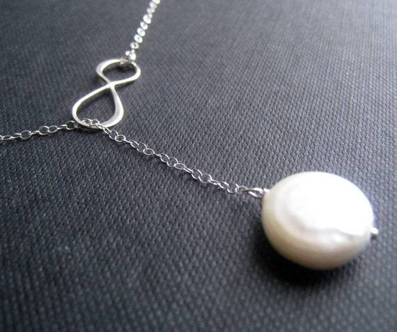 Mother of the groom gift, Infinity pearl necklace, Y style lariat infinity necklace, bridesmaid infinity pearl necklace