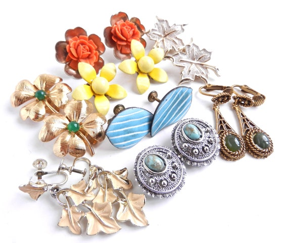 Bright Vintage Clip On Earring Lot - Gold Tone Costume Jewelry / Bold Summer Colors