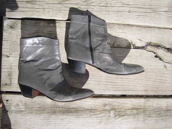 RESERVED Spanish Grey Leather Zip Ankle Boot Size 10