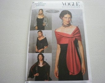 Pattern Ladies Evening Wraps Sizes 6 to 24 Vogue 7161