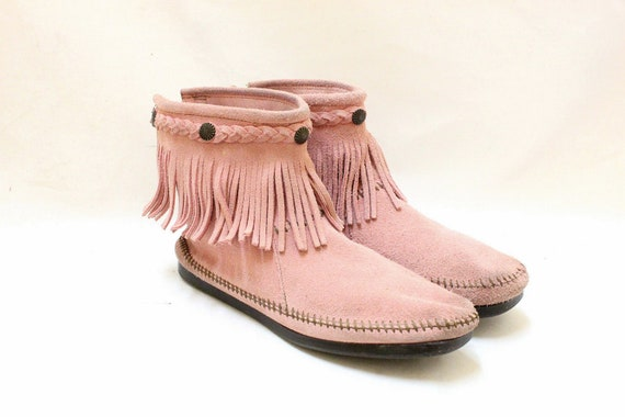 Vintage Moccasin Boots Pink  Leather Fringe Flats // Size 9