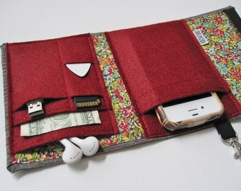 Nerd Herder gadget wallet in Botany for iPhone 5, Samsung Galaxy S5, Android, iPod, digital camera