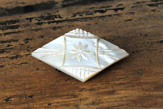 1920s Carved Mother of Pearl Brooch