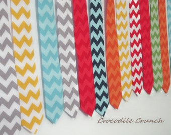 Mens Tie - Mens Chevron Tie - Wedding Ties - Groomsmens Tie - Chevron Ties