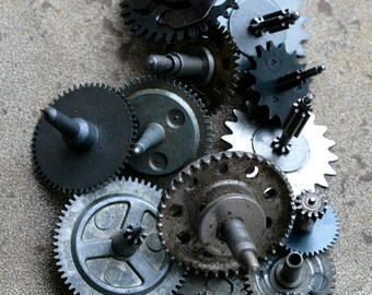 Vintage clock gears -- set of 13 -- D14