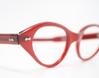 beautiful red vintage cat eye glasses retro