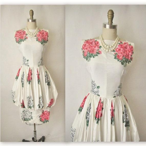 50's Floral Dress // Vintage 1950's Floral Print Cotton Garden Party Cocktail Peplum Dress S