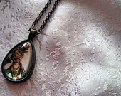 Lovely Marie Antoinetter Teardrop  Necklace French Cottage Chic