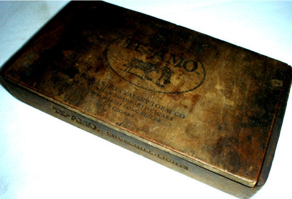 Rustic Antique Wooden Cigar Box Te Amo